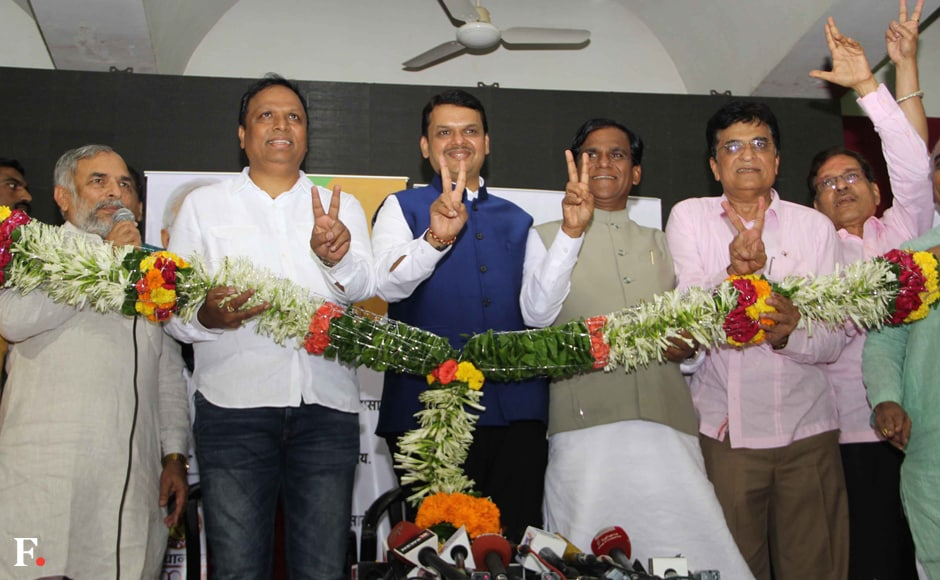Chief Minister Devendra Fadnavis celebrates with party leader Aashish Shelar, BJP spokesperson Madhav Bhandari, MP Rao Saheb Danve and MP Kirit Somaya. Sachin Gokhale/Firstpost
