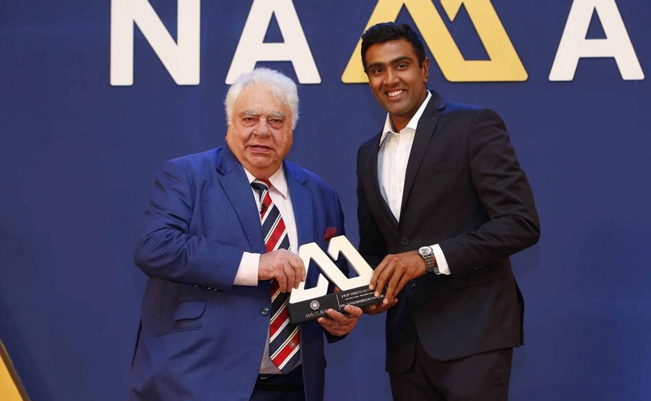 Ravichandran Ashwin of India receives the Dilip Sardesai Award during the BCCI annual awards evening held at the Ritz Carlton Hotel in Bengaluru. Image courtesy: BCCI