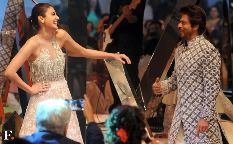 Anushka Sharma and Shah Rukh Khan share a light moment. Sachin Gokhale/Firstpost
