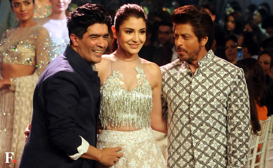 Anushka Sharma and Shah Rukh Khan with Manish Malhotra. Sachin Gokhale/Firstpost