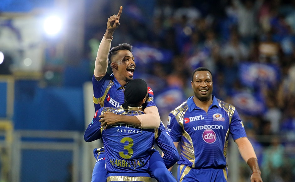 Hardik PELE? Mumbai Indians celebrates the wicket of Karun Nair as they inched closer to win their fifth game on the trot. Photo by Vipin Pawar - IPL - Sportzpics