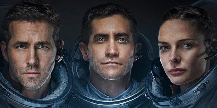 Ryan Reynolds, Jake Gyllenhaal and Rebecca Ferguson in 'Life'