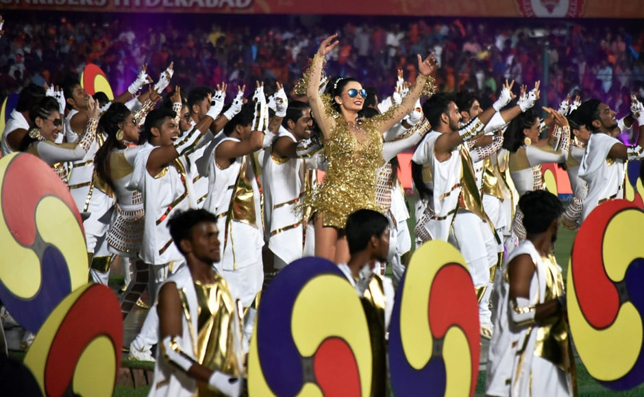 Amy Jackson performs to popular song 'Kala Chashma' during the IPL 2017 opening ceremony. PTI/Sportzpics
