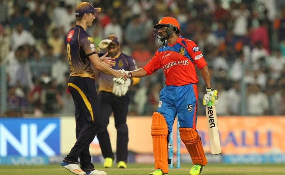 Ravindra Jadeja of Gujrat Lions celebrates win againstKolkata Knight Riders and the Gujarat Lions held at the Eden Gardens Stadium in Kolkata. Sportzpics - IPL