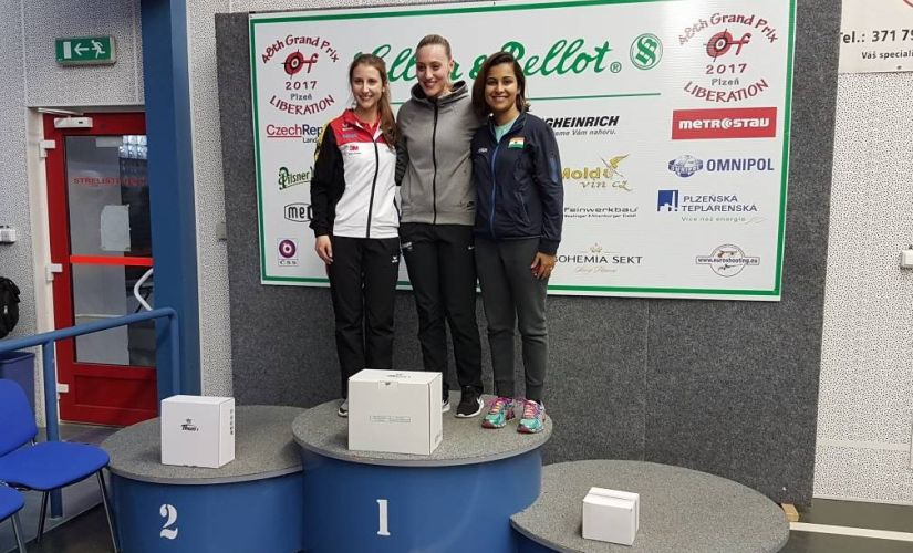 Heena Sidhu (right) poses on the podium after her win in Plzen. Image courtesy: Twitter/ @OGQ_India
