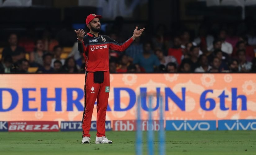 Royal Challengers Bangalore captain Virat Kohli shows his frustration with the fielding during match 43 of the Vivo 2017 Indian Premier League between the Royal Challengers Bangalore and the Kings XI Punjab held at the M.Chinnaswamy Stadium in Bangalore, India on the 5th May 2017 Photo by Ron Gaunt - Sportzpics - IPL