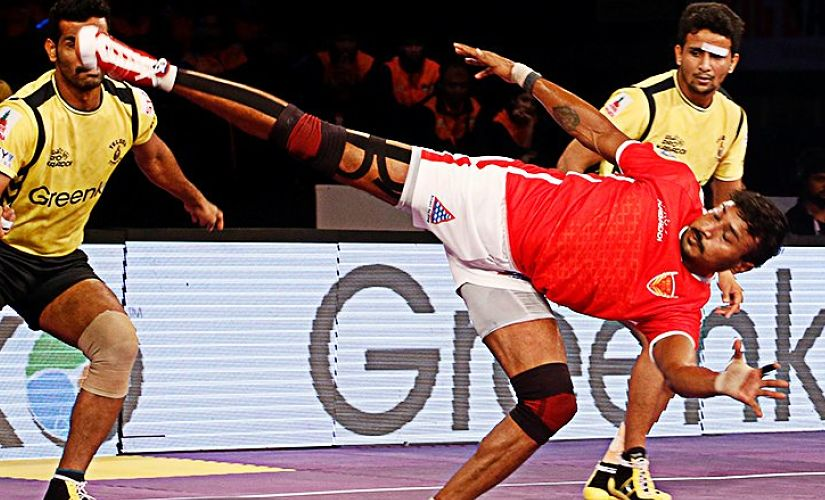 Kashiling Adake is one of the fiercest raiders in Pro Kabaddi League history. Twitter/ @ProKabaddi