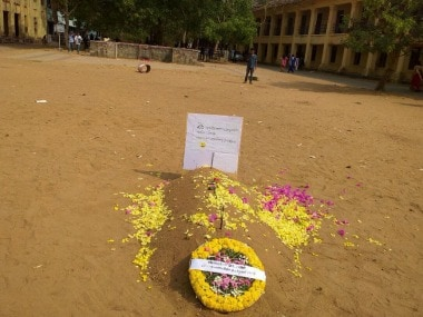 The grave SFI students dug out for the outgoing principal of Victoria College. Image courtesy: Ashraf Padanna