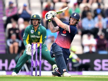 England's Ben Stokes bats (R) as South Africa wicket-keeper Quinton de Kock looks on during the second One-Day International between England and South Africa of the South Africa in England series in Southampton on May 27, 2017. / AFP PHOTO / Glyn KIRK