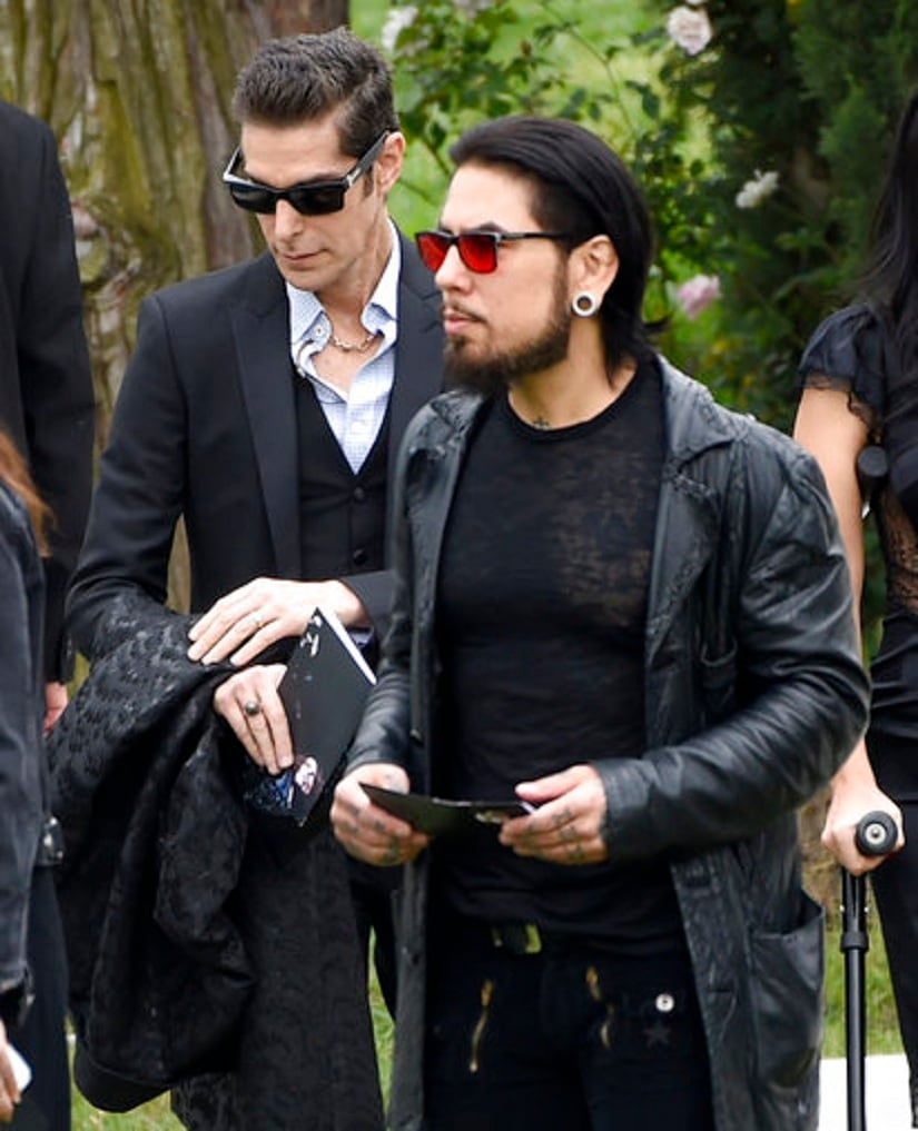 Perry Farrell, left, and Dave Navarro attend a funeral for Chris Cornell at the Hollywood Forever Cemetery on Friday, May 26, 2017, in Los Angeles. (Photo by Chris Pizzello/Invision/AP)
