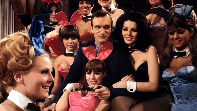 Hefner, surrounded by Playboy Bunnies