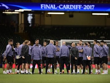 The Real Madrid team take part in a training session at The Principality Stadium in Cardiff, on June 2, 2017, on the eve of the UEFA Champions League final football match between Juventus and Real Madrid. / AFP PHOTO / JAVIER SORIANO