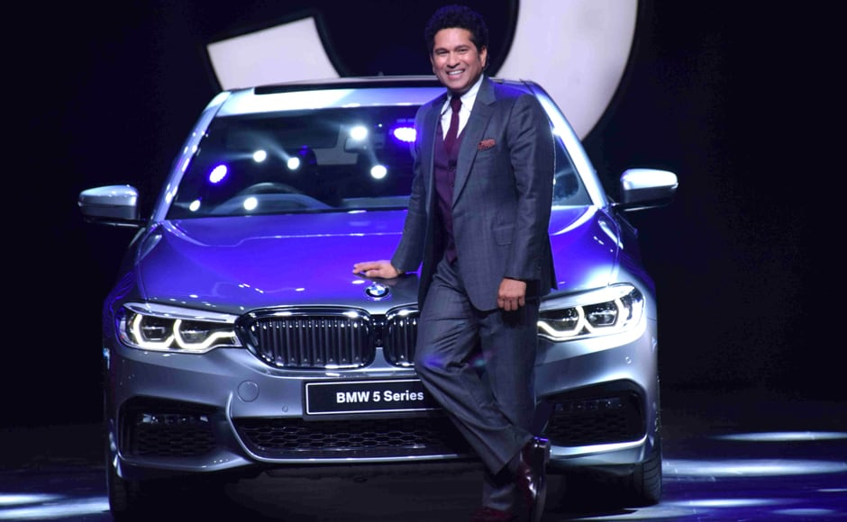The new 5 Series borrows its design from the 7 Series and therefore looks more elegant, as stated by The Financial Express. Solaris