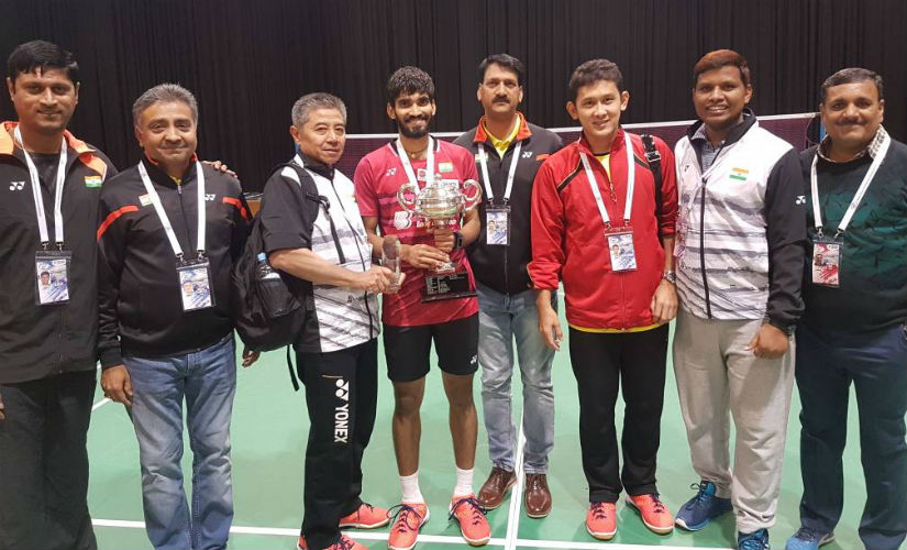 Kidambi Srikanth with Indonesian coach Mulyo Handoyo (on the left of Seikanth) and the rest of the coaching staff. Twitter: @BAI_Media