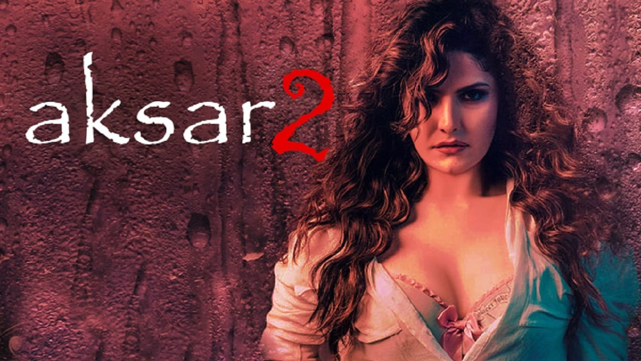Zareen-Khan-Teases-Her-Fans-With-The-First-Look-Of-Aksar-2 (1)