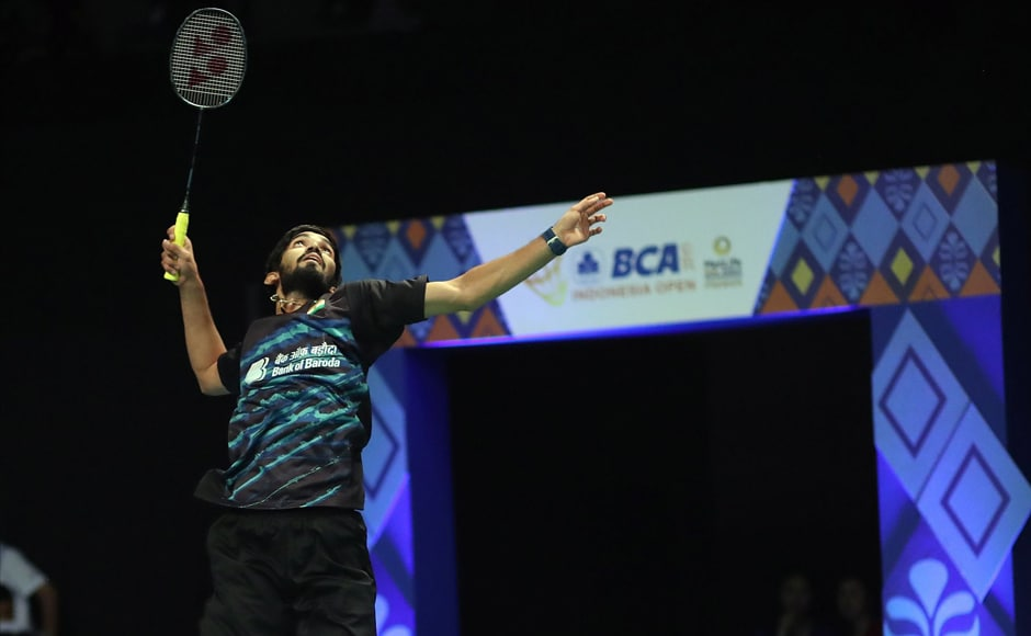 In the quarters, Kidambi Srikanth displayed clinical precision to do away with 'giant-killer' Chinese Taipei's Tzu Wei Wang 21-15 21-14 to move into the semis. Twitter/@srikidambi