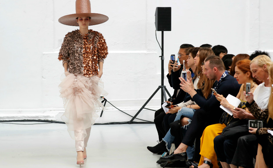 A model presents a creation by Dutch-Vietnamese designer Xuan-Thu Nguyen as part of her Haute Couture Fall/Winter 2017/2018 collection. Image: Reuters