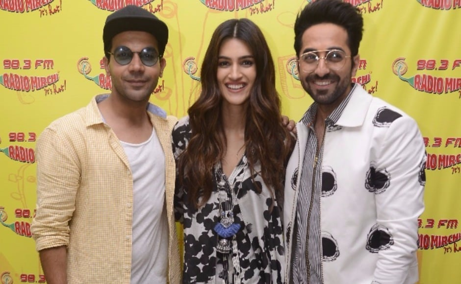 The cast of the Ashwini Iyer Tiwary-directed Bareilly Ki Barfi, has been extensively promoting their upcoming film. Rajkummar Rao, Kriti Sanon and Ayushmann Khurrana were recently seen at a radio station, publicising their film.