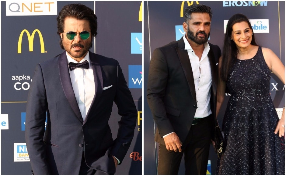 (L) Anil Kapoor and (R) Suniel and Mana Shetty arrive for the IIFA 2017 awards ceremony in NYC on the evening of 15 July 2017. Images via Reuters