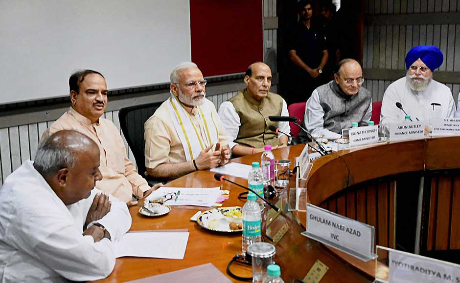 The prime minister, flanked by Home Minister Rajnath Singh, Finance Minister Arun Jaitley, Ananth Kumar, SS Ahluwalia and JDS president HD Deve Gowda, also urged all parties to extend their support to the government in fighting corruption. Hinting at Trinamool Congress and RJD on the issue of corruption, Modi said the political class should join hands against those who seek an escape route by dubbing action against them in graft cases as a political conspiracy. PTI