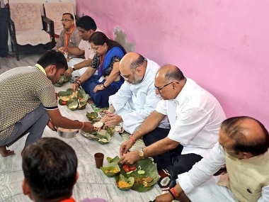 Amit Shah having lunch at a house in Rajasthan. Image courtesy: Twitter@AmitShah