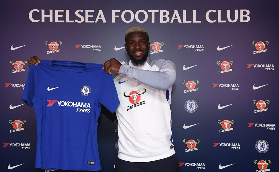 Tiemoue Bakayoko traded Ligue 1 champions AS Monaco for Premier League champions Chelsea in a deal which saw the Blues pay Monaco £39.7 million. Image courtesy: Twitter/@ChelseaFC