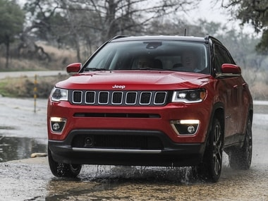 2017 jeep compass road test review a well built suv starting at rs lakh firstpost. Black Bedroom Furniture Sets. Home Design Ideas