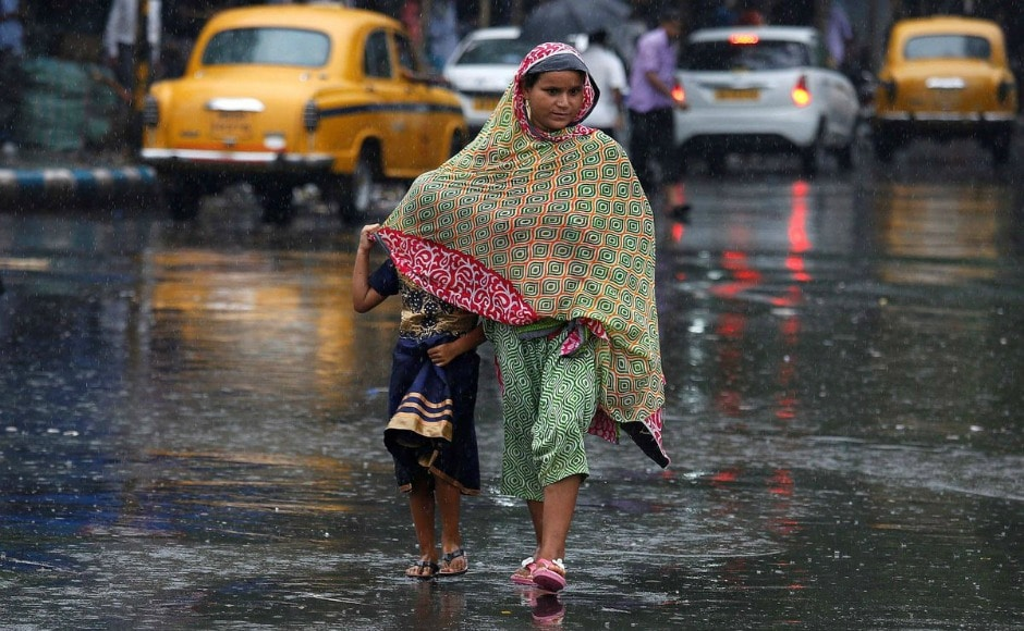 West Bengal: Incessant rains flood lowlands