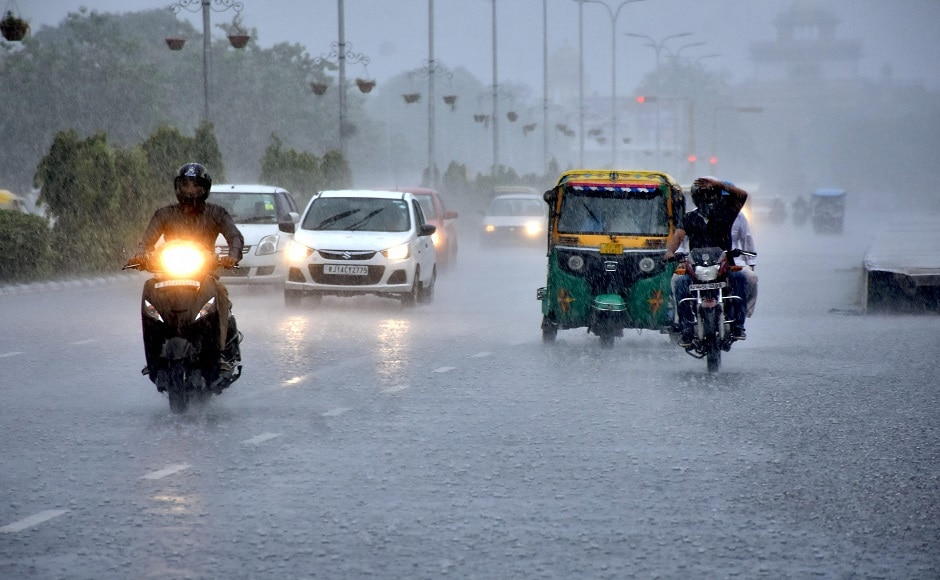 According to Safdargunj Observatory, the city received 20.6 mm rainfall on Monday. Temperature remained between 34.1 degree celsius to 24 degree celsius, two notches below normal. PTI