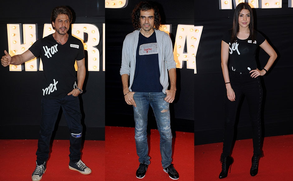 Shah Rukh Khan spoke at length about what the experience of working with filmmaker Imtiaz Ali, for the first time, was like. 'He states the obvious,. but not too obviously,' SRK said, of Imtiaz's filmmaking technique. Anushka also spoke about her experiences on the shoot. Photo: Sachin Gokhale/Firstpost