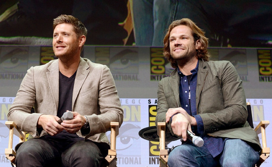 Jensen Ackles and Jared Padalecki at the Supernatural panel during Comic-Con International 2017. (Getty Images)