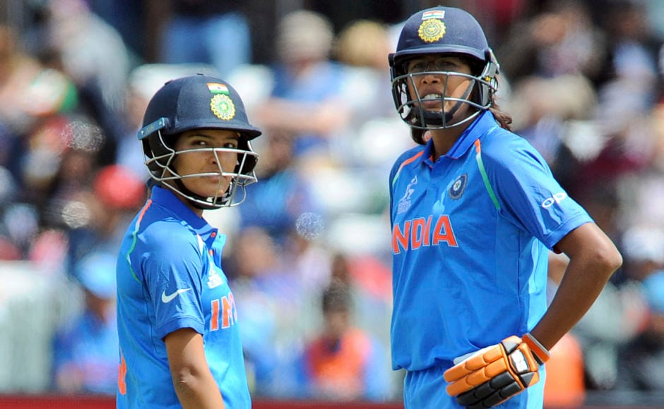 A quickfire innings by Jhulan Goswami(R) and Sushma Verma pushed India to a respectable total of 169. AP
