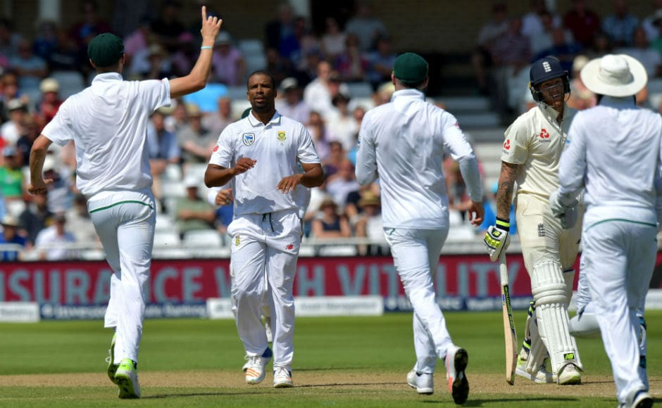 South Africa's Vernon Philander (2L) was in terrific form, breaking the back of England with 3/24 in 10 overs, that included the wickets of Keaton Jennings and Gary Ballance early, and the big wicket of Ben Stokes. AFP