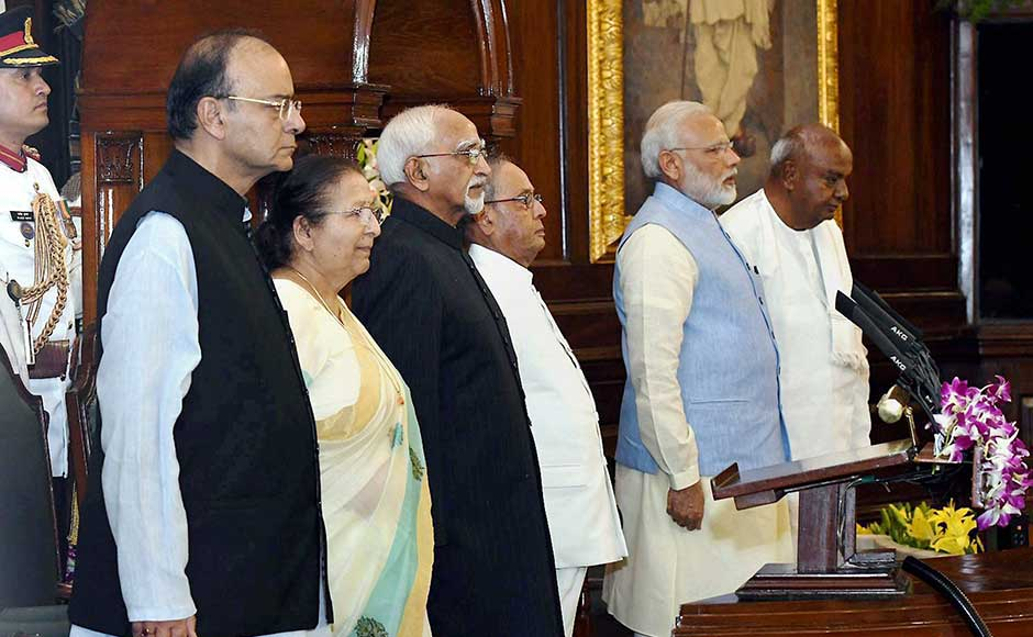 Lok Sabha Speaker Sumitra Mahajan and former prime minister HD Deve Gowda too were on the dais with Finance Minister Arun Jaitley, the president and the prime minister. PTI