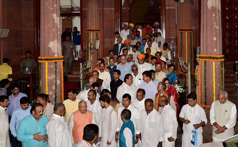 Almost the entire council of ministers and MPs from ruling alliance sat in the circular hall along with opposition leaders from the Samajwadi Party, the BJD, the NCP and the JD-U. The Congress, the Left, the TMC and the RJD boycotted the ceremony. PTI