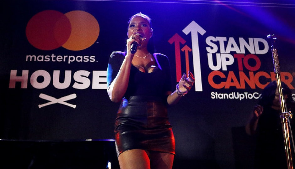 Jennifer Hudson performs at SU2C Jennifer Hudson Concert At The Masterpass House in Miami Beach, Florida. (Getty Images)