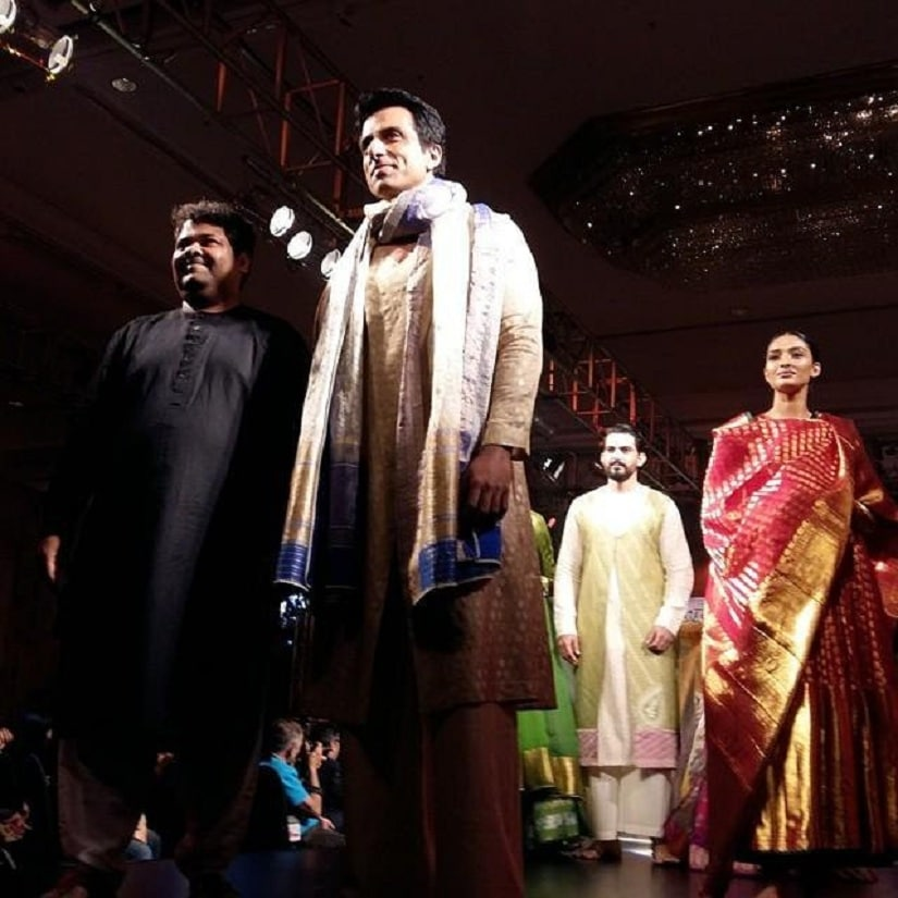Sonu Sood as the show stopper. Image from Twitter