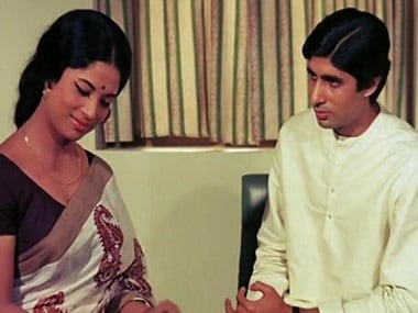Sumita Sanyal and Amitabh Bachchan in a still from Anand. Image from Twitter.