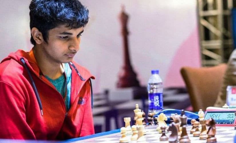 Vidit Gujrathi concentrates on a game of chess. Image courtesy: Lennart Ootes