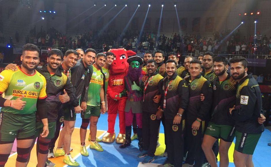 Patna Pirates completed a hat-trick of victories with a thumping win (46-32) over Bengaluru Bulls Image courtesy: Facebook page of Pro Kabaddi