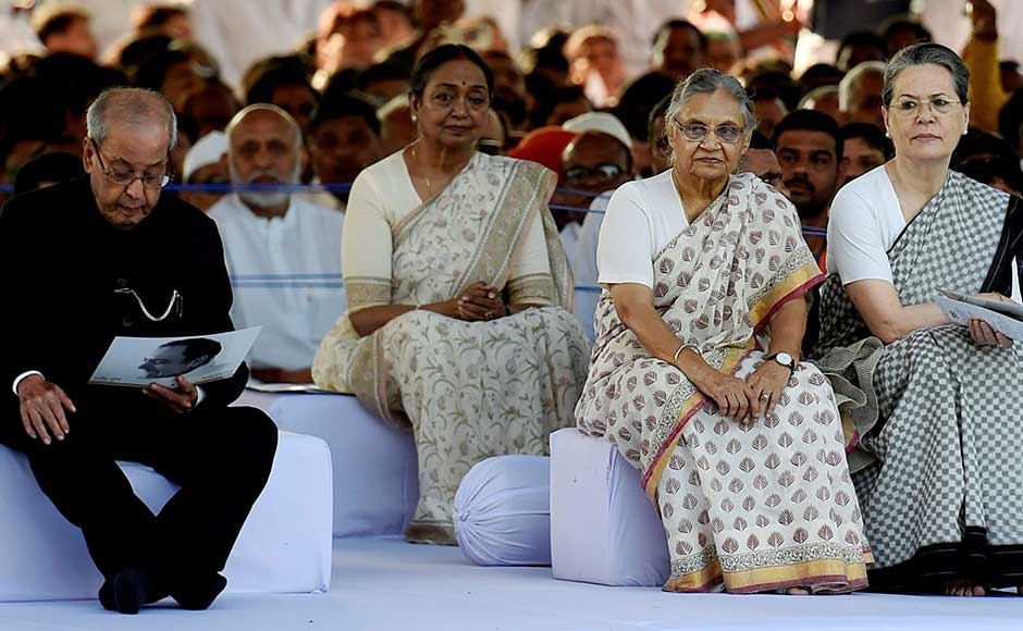 Former president Pranab Mukhrjee and Congress president Sonia Gandhi, with party leaders, including Sheila Dikshit and Meira Kumar, on Rajiv Gandhi's birth anniversary on Sunday at Veer Bhumi. PTI