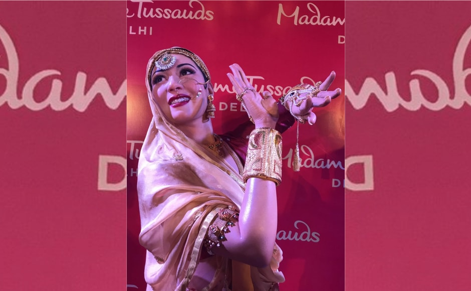 The figure has been created beautifully by the artists of Madame Tussauds. In the words of Petra, the studio specialist, it involved tremendous research which included meeting the family members and studying the photos and videos available of the celebrity. Image from News 18.
