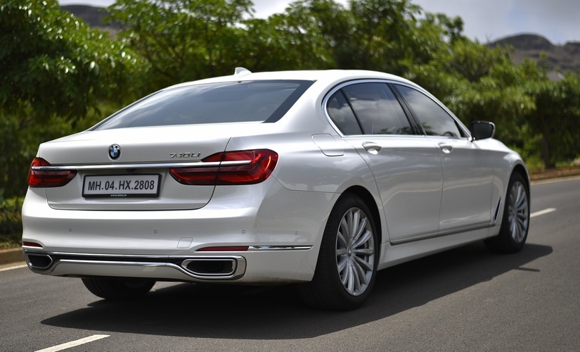 The 740Li rides on the air suspension system that is standard across the range.
