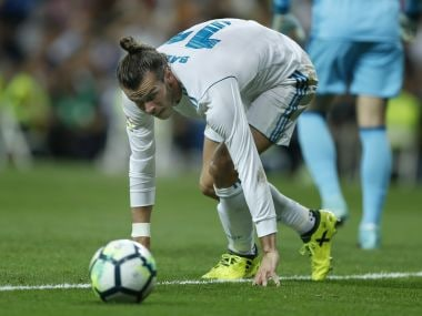 Real Madrid's Gareth Bale looks at the ball during a Spanish La Liga soccer match between Real Madrid and Valencia at the Santiago Bernabeu stadium in Madrid, Sunday, Aug. 27, 2017. The match ended in a 2-2 draw. (AP Photo/Francisco Seco)