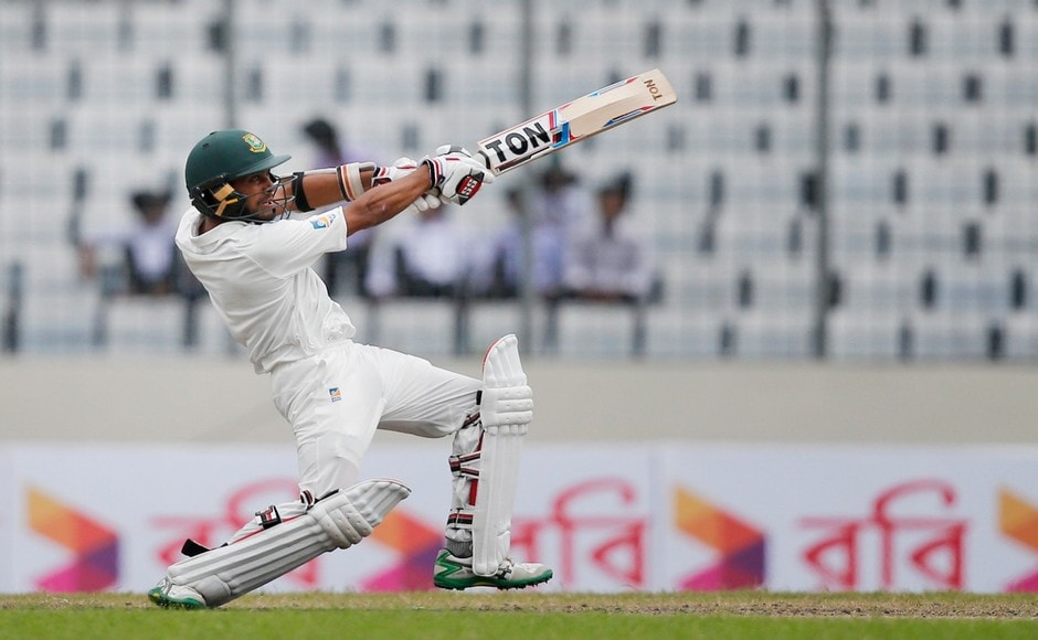 Mehidy Hasan played his strokes in his innings of 26 lower down the order to take Bangladesh over 200 in the 2nd innings. Hasan was the last wicket to fall, after the home side was bowled out for 221, giving Australia a target of 265. AP