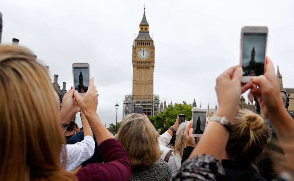 London's iconic Big Ben bell fell silent on Monday for four years of costly renovation work, with its final 12 bongs ringing for midday in front of a crowd of over a thousand people. AP