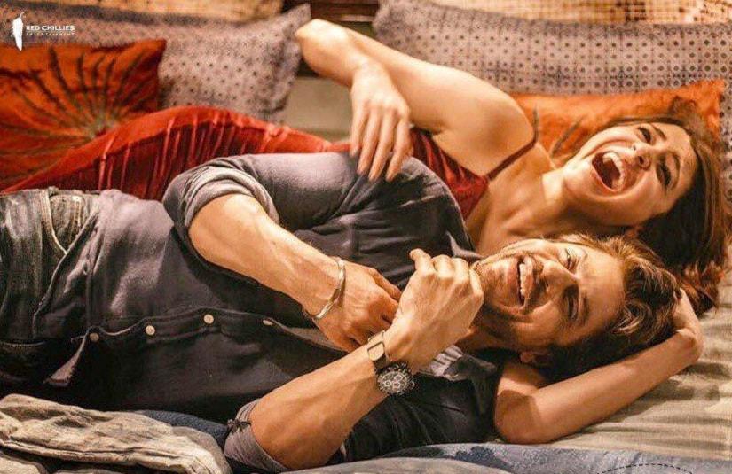 Anushka Sharma and Shah Rukh Khan in Jab Harry Met Sejal. Image via Facebook