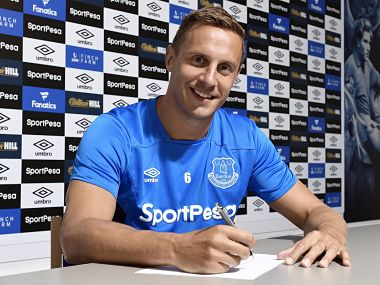 Phil Jagielka has signed a one-year extension with Everton. Image courtesy: Twitter/@Everton