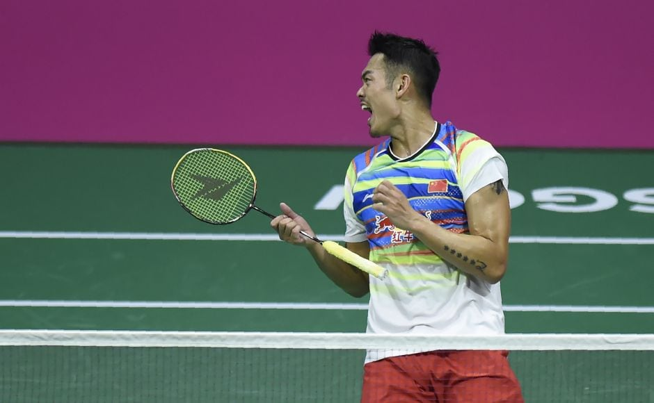 Lin Dan stayed on course for a record sixth men's singles title at the World Badminton championships with a stunning semi-final victory over top seed Son Wan-Ho in Glasgow. AFP