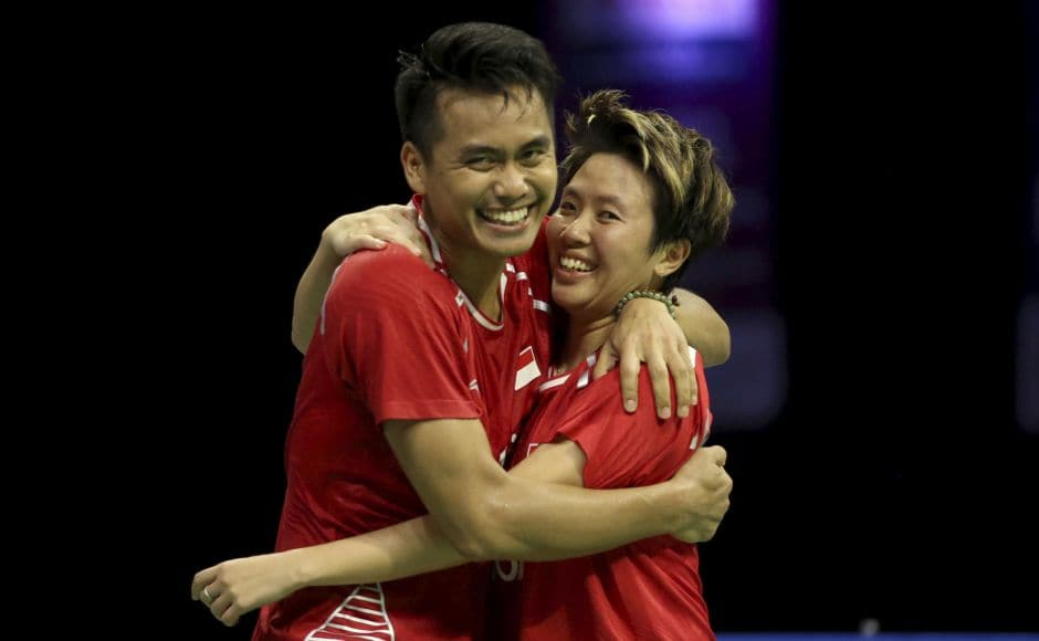Indonesian pair of Tontowi Ahmad and Liliyana Natsir snatched the mixed doubles from Chinese top seeds, Zhieng Siwei and Chen Qingchen. AP